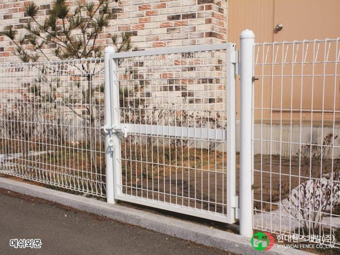 메쉬외문-휀스-펜스-휀스종류-철망-울타리-팬스-담장-fence-현대휀스-현대휀스개발