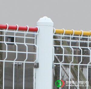 물방울메쉬휀스-펜스-C형상하-부분-휀스종류-철망-울타리-팬스-담장-fence-현대휀스개발