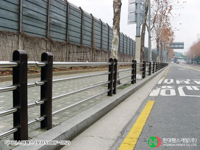 보차도휀스-펜스-BCF-1052-휀스종류-철망-울타리-팬스-담장-fence-현대휀스개발