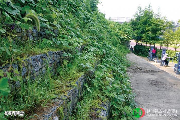 육각매트리스-사각매트리스-육각개비온-휀스종류-철망-울타리-팬스-담장-fence-현대휀스개발-1