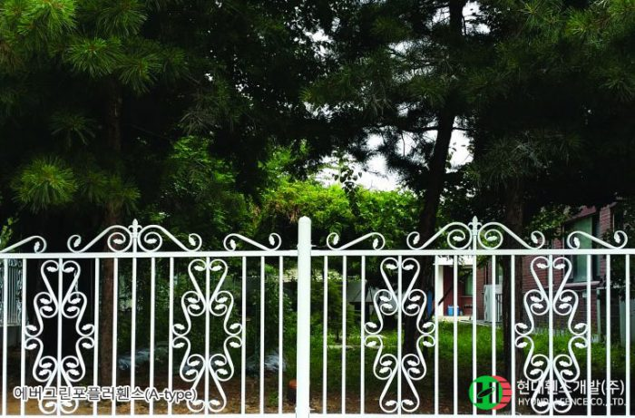 포플러휀스-펜스-원형주주-휀스종류-철망-울타리-팬스-담장-fence-현대휀스개발-1